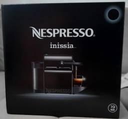 Cafeteira Expresso Nespresso Inissia Nova na Caixa Lacrada