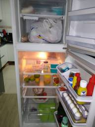 Refrigerador Electrolux 382 litros