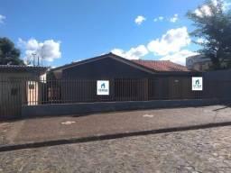Ótima residência em Uvaranas!!! Aceita troca!!!