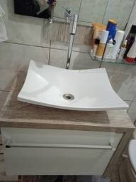 Banheiro cuba torneira espelho balcão