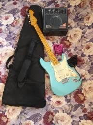 Guitarra Michael Azul Bebê Semi-nova com Amplificador, Cabos e Capa
