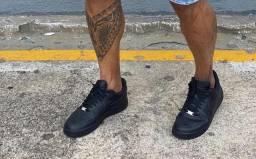 Nike, Lacoste, mule reserva, reserva, chinela Oakley, moccasin Gucci .