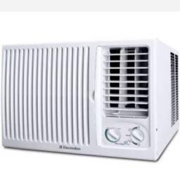 Ar condicionado de janela Electrolux 7.500 BTUs