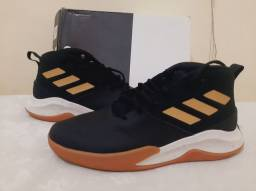 Tênis Adidas Own the Game Tam 43 Basquete