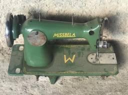 Máquina de costura antiga
