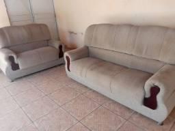 Sofá 2 e 3 Lugares R$ 200 os dois