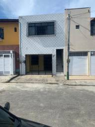 Casa com 2 dormitórios para alugar por R$ 850,00/ano - Rodolfo Teófilo - Fortaleza/CE