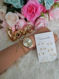 Título do anúncio: Kit acessórios (relógio, pulseira e brincos)