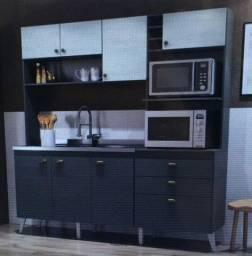 Cozinha compacta semi nova