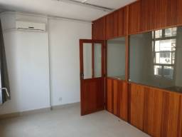 Aquela sala excelente e reformada pronta para você entrar e trabalhar