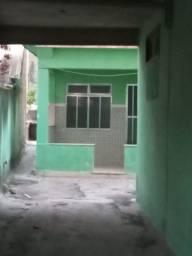 Vendo casa na rua principal do bairro Antônio ,rua Manoel Serrão perto de todos comércio