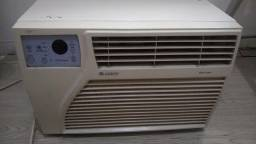Par de ar condicionados tipo janela 110v