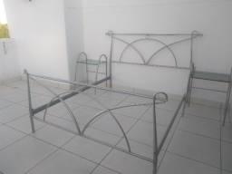 Oportunidade! Conjunto para Cama (moldura da base, cabeceira e mesas de cabeceira)