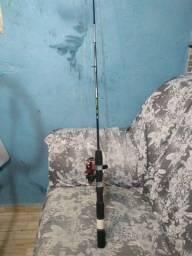 Varinha de pesca com molinete completo pra vender aceito troca