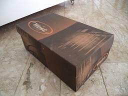 Título do anúncio: Sapatênis novinho na embalagem -39 - Somente wats