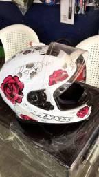 Vende capacete axxis feminino 4 mês de uso