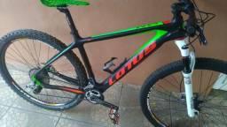 Bike itm italiana modelo lotus Thor carbono 29