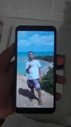 Samsung J8.