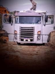 Título do anúncio: Caminhão caçamba 24-250 Constelation