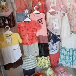 Estoque de roupas infantil