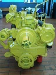 Vendo Motor CAT 3054B Aspirado, motor completo com Bomba e Bico Injetores - Manaus AM