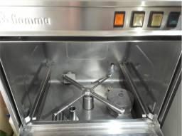 Vendo máquina de lavar louça, industrial