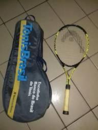 Uma raquete head profissional e a bolsa