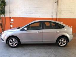 Focus Hatch 1.6 flex 2011 completo - 2011