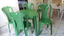 Conjunto novo de cadeiras 4 caderias whatapp 19991672645