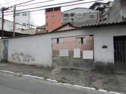 Casas Parque Cruzeiro do Sul Uma de 6 Cômodos e outra de 3 Cômodos