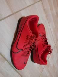 Tênis futsal da Nike