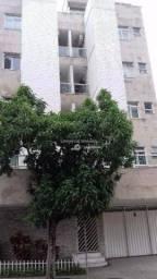 Apartamento com 2 dormitórios para alugar, 73 m² por R$ 900/mês - Jardim Glória - Juiz de