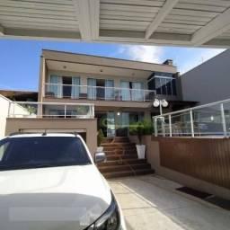 Belíssima Casa com 3 dormitórios à venda, 179 m² por R$ 1.500.000 - Centro - Navegantes/SC