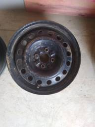 Par de rodas 15 de ferro semi novas de furação 4x100