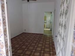 Maravilhoso apartamento tipo casa! Com vaga de garagem! Grande oportunidade