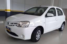 Toyota Etios X 1.3 4P