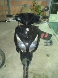 Vendo uma moto neo 115 da Yamaha 2008