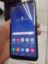 Samsung J8 64Gigas biometria Ok Único detalhe vidro trincado mas não interfere em nada Ok