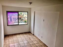 Incrível apartamento em Madureira com excelente custo-beneficio! Cód. EMASP