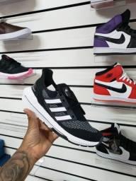 Tênis Adidas Ultra Bost