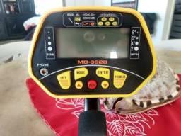 Vendo Detector De Metal MD3028 + Pilhas Recarregáveis