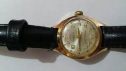Relógio Mondaine antigo dourado