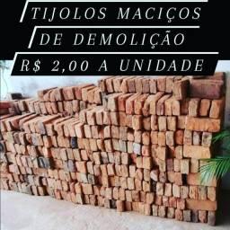 Título do anúncio: Tijolos maciços de demolição centenária