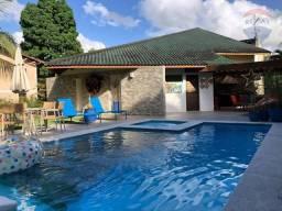Casa de alto padrão em Aldeia, condomínio, com 4 suítes, piscina, km 8
