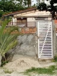 Vendo uma casa no bairro olho D'água  Eusébio