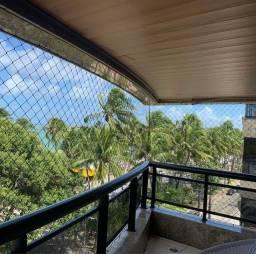 Apartamento beira mar de Alto Padrão com 251m² e 4 suítes localizado na Ponta Verde
