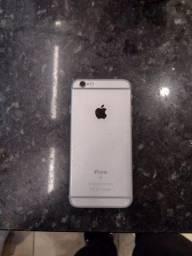 Iphone 6s (tela quebrada)  (funciona tudo)