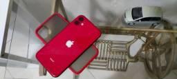 iPhone 11 256GB Zerado Product Red - 3 capas carregador e fone lightine e película extra