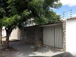 Título do anúncio: Casa plana na Barra do Ceará - 7x33 - 2 suites + 1 quarto