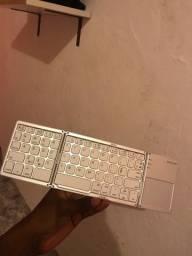 Título do anúncio: Vendo teclado Bluetooth